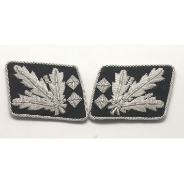 SS General.(SS Obergruppenfuhrer) Collar Tabs