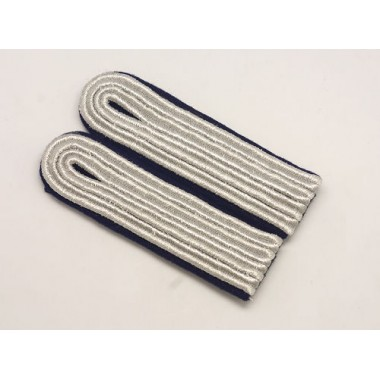 WW2 German Ensign---Lt. Shoulder Boards(Kriegsmarine)