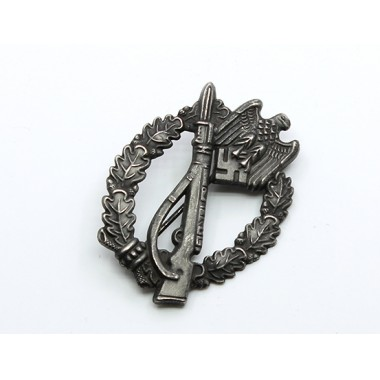 Infantry Assault Badge in Silver(Antique Finish)